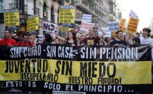 Protesto em Madri, na Espanha, reúne milhares de jovens contra o desemprego. Foto: Iguatu Notícias.
