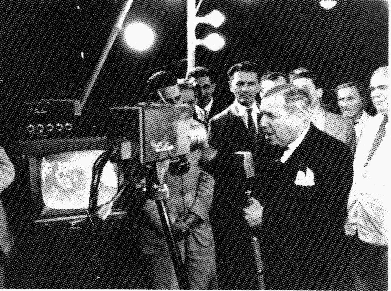 Nasce a TV-Tupi, canal 3 de São Paulo. Fonte: acervo Estadão