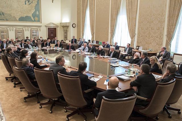 Federal Open Market Committee (FOMC) em reunião